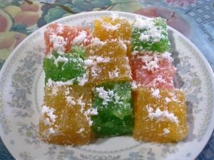 Kue Agar-agar Minas Warna-warni